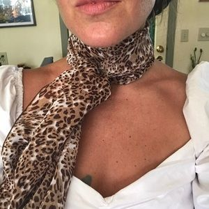 Vintage Cheetah Neck Scarf